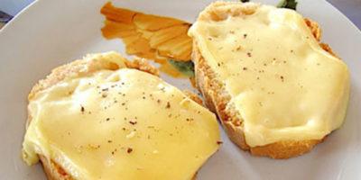 crostoni al formaggio