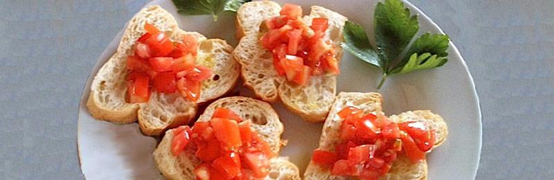 Una tradizionale bruschetta di pane.